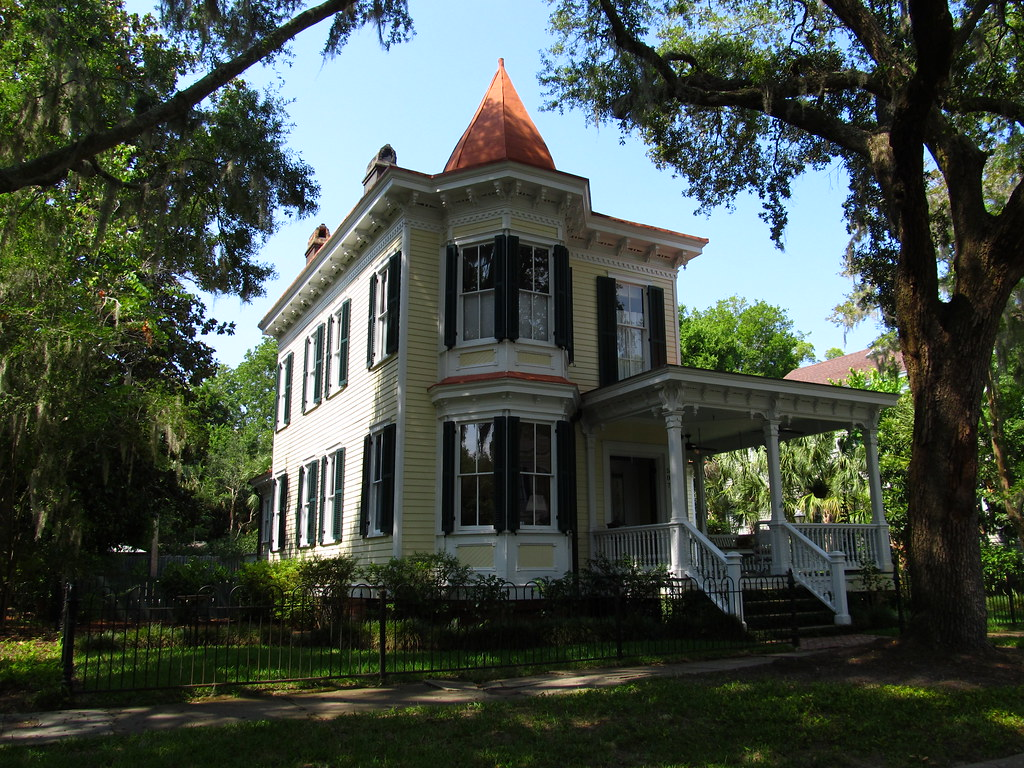 The old point neighborhood historic homes of beaufort so for Home builders south carolina
