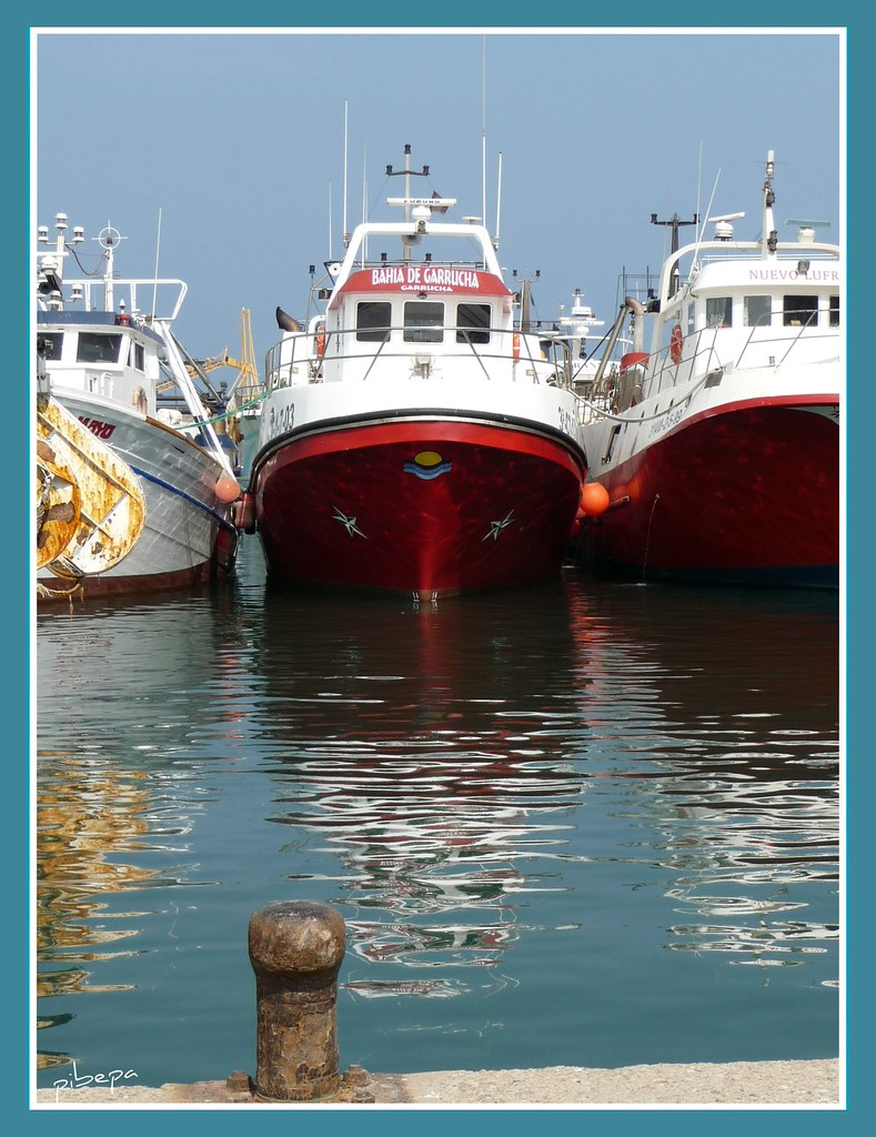 Puerto de garrucha garrucha almer a espa a barcos de - Trabajo en garrucha ...