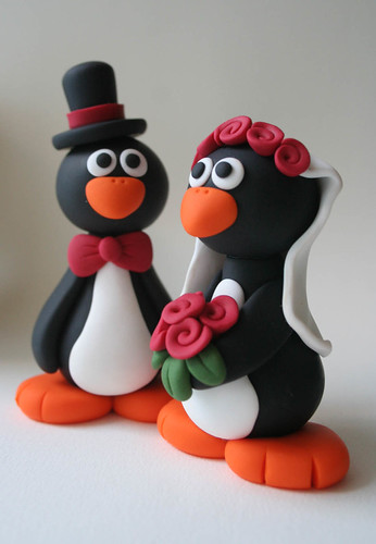 penguin cake toppers wedding penguin wedding cake topper flowers and bow tie 6441