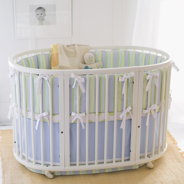 white stokke sleepi crib stokke sleepi round adjustabl flickr. Black Bedroom Furniture Sets. Home Design Ideas