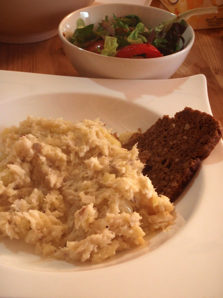 Plokkfiskur icelandic fish stew deceptively simple yet for Fish stew with potatoes