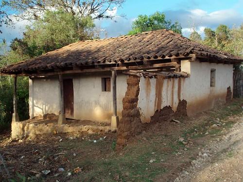Casa con tejas home with tile roof uspant n quich gu - Casas con tejas ...