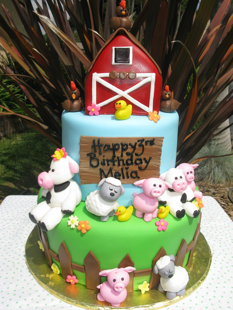 farm animal cake farm animal cake visit www thecakemamas to view our 4050