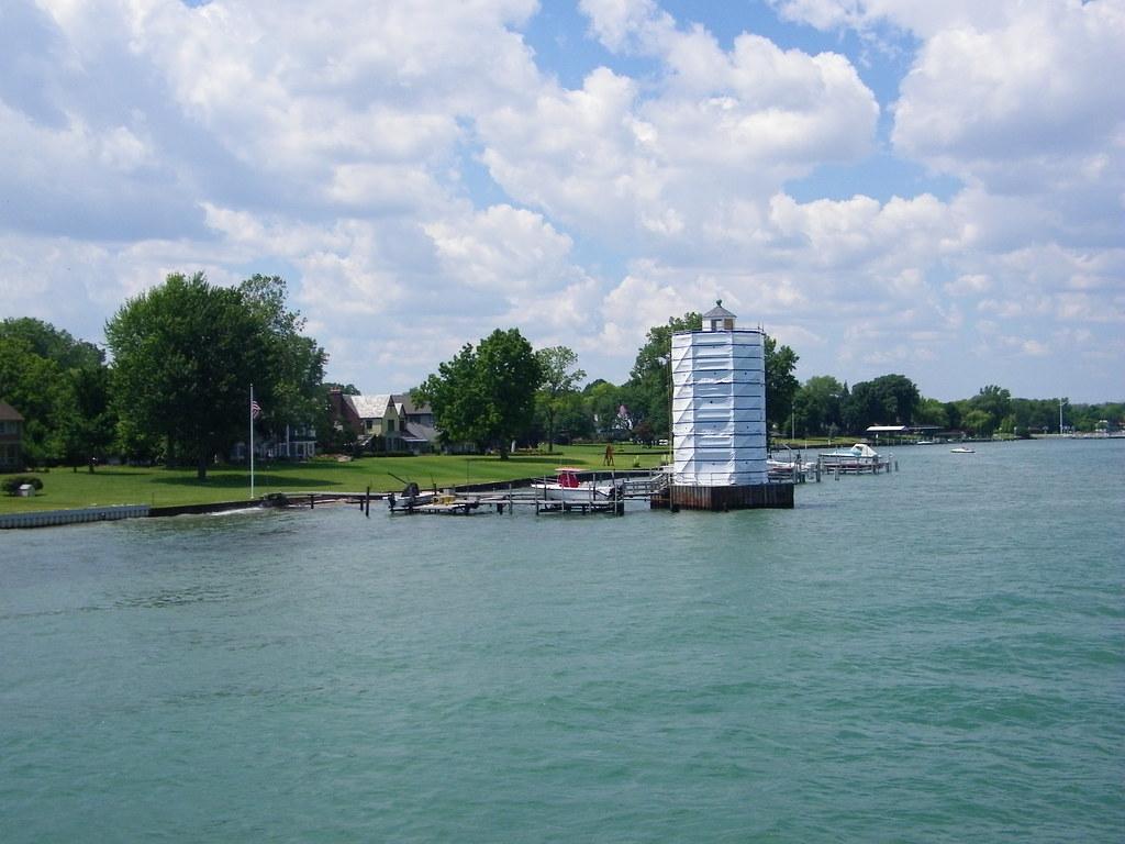 Detroit River Island Park Of Belle Isle