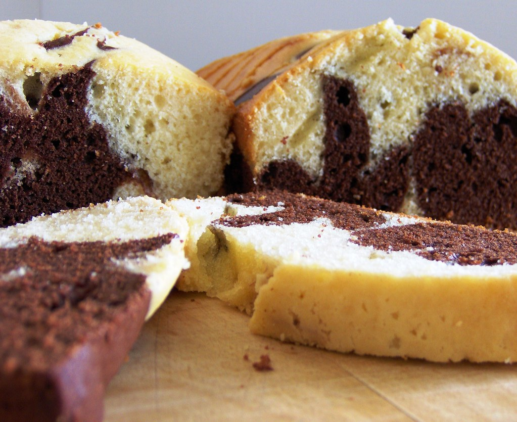 Marble Cake With Chocolate Frosting Epicuriouos