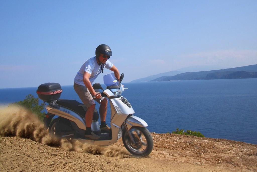 50cc enduro scooter a high adrenaline enduro style ride. Black Bedroom Furniture Sets. Home Design Ideas
