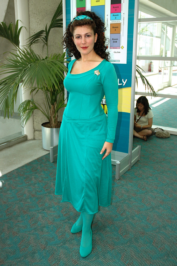 1871atboe:Marina Sirtis talks about Deanna Troi and the ... |Deanna Troi Green