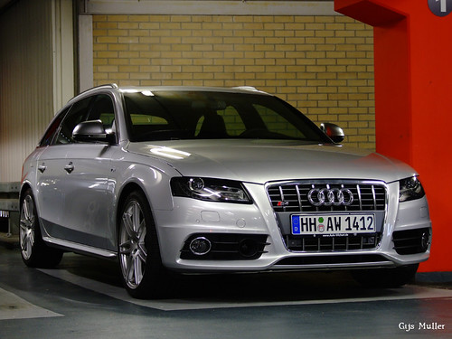 audi s4 avant b8 it 39 s beautiful this new and improved. Black Bedroom Furniture Sets. Home Design Ideas