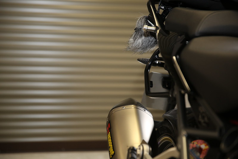 ZOOM H5 BMW R1200RS AKRAPOVIC