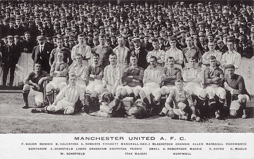 Manchester United 1904/05 team photograph | by decorativeed