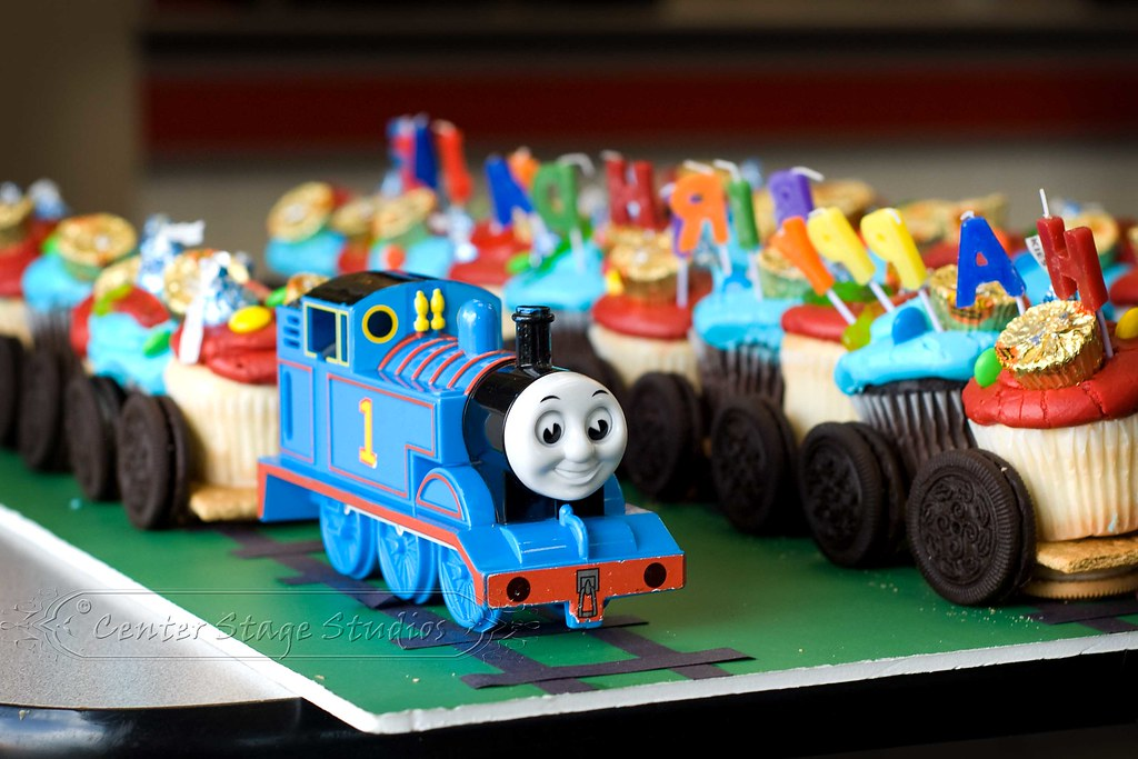Thomas The Tank Engine Cupcake Train Flickr Photo Sharing
