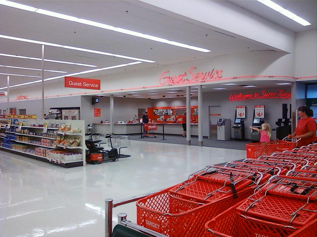 Super Target - Mason City, Iowa - Guest Service | Nathan Bush | Flickr