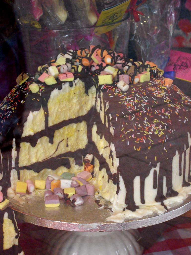 Choccywoccydoodah Wedding Cakes