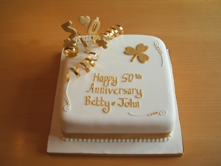 Golden Wedding Caked