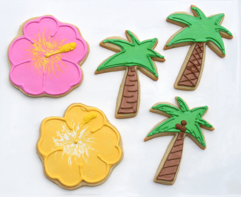Luau Cookies Hibiscus Flower And Palm Trees As Practice Fo Flickr