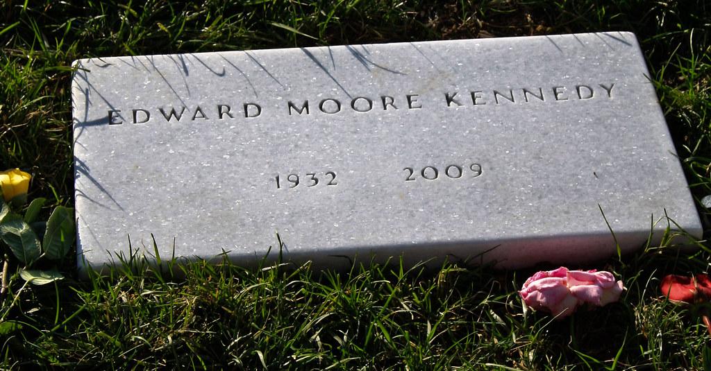 Senator Edward Kenedy Casket: Ted Kennedy's Grave