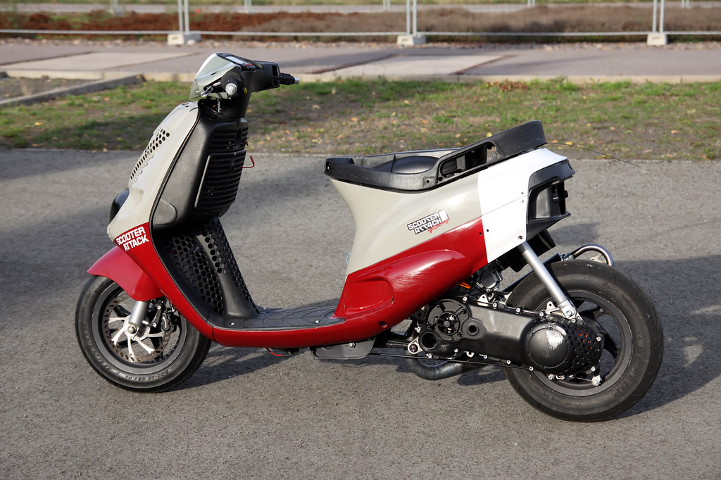 Piaggio Zip Sp Front Panel