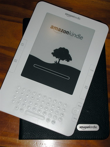 Unboxing the Kindle - IV | by edans