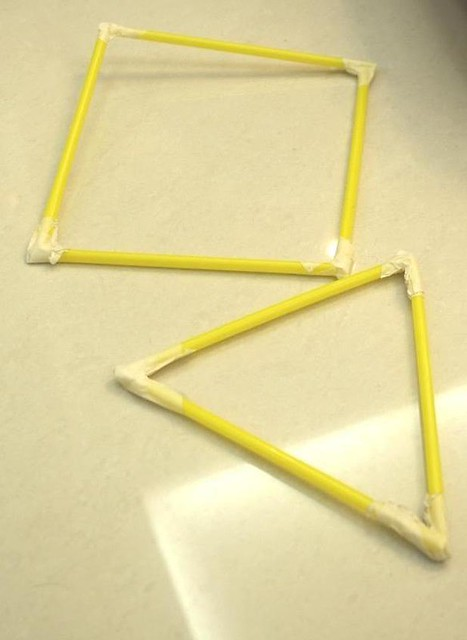 straw towe square and triangle