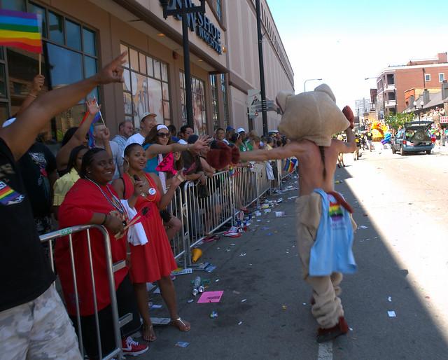 Gay pride parade chicago juin