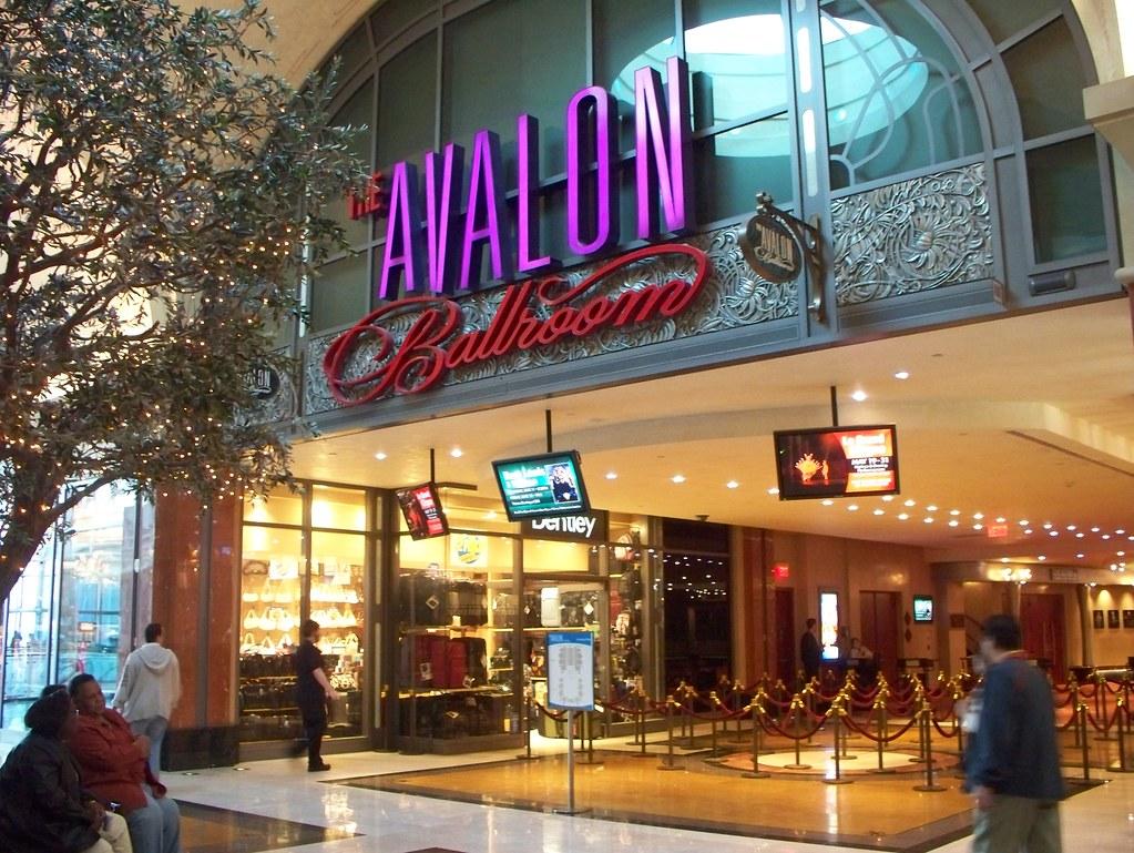 What is it like to work at Niagara Fallsview Casino Resort?