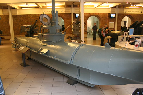 Midget submarine - Wikipedia