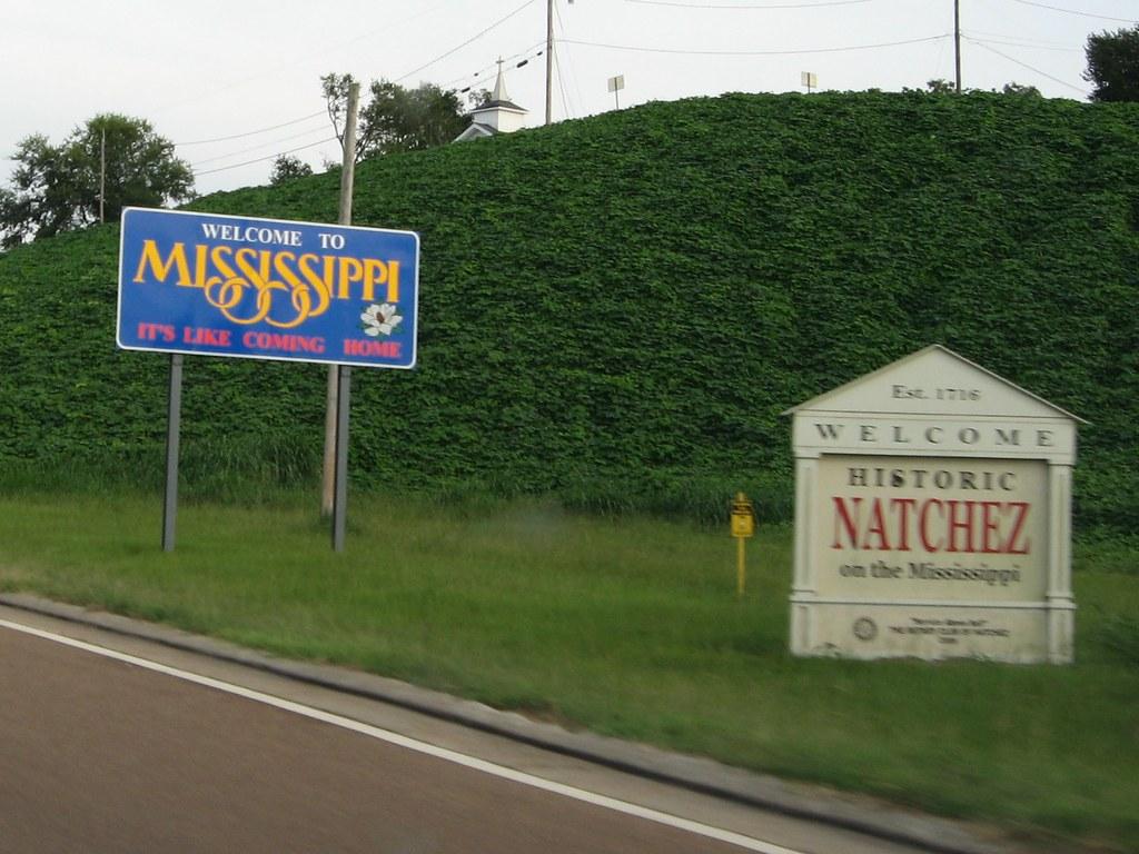 welcome to mississippi  u s  84  natchez  mississippi
