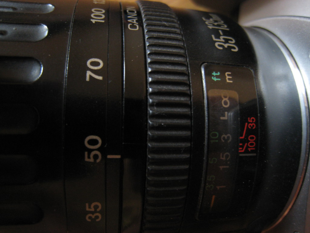 Lens 135mm Canon Canon ef 35-135mm 1:4-5.6
