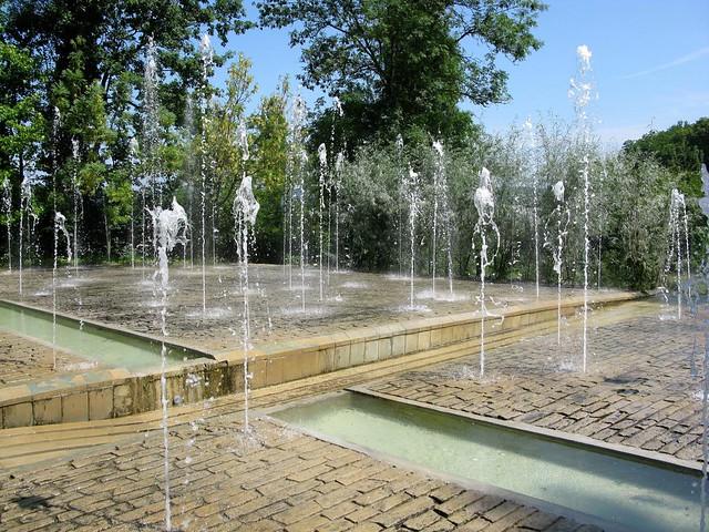 Les jardins de l 39 imaginaire gezien in terrasson robert daneels flickr - Les jardins de l imaginaire a terrasson ...