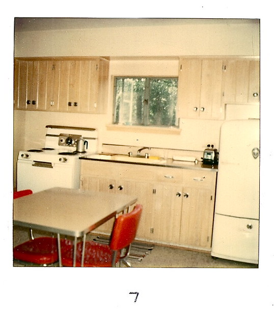 22 White Kitchens That Rock: White Rock Resort Kitchen (Polaroid Version)