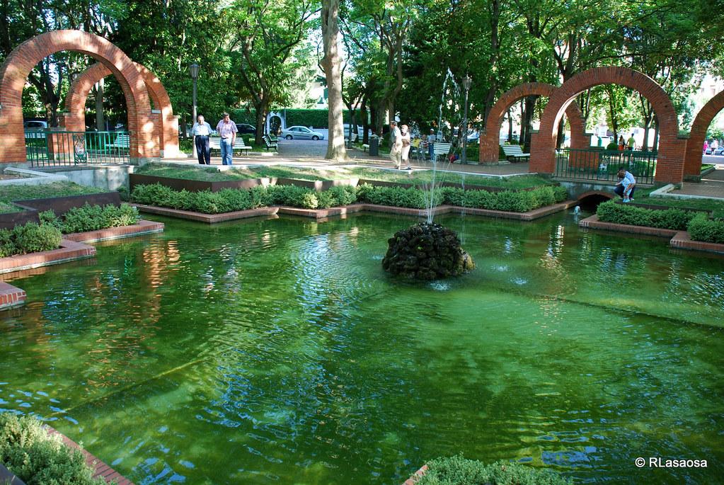 Pamplona Parque de la Media Luna Uno de los más bellos