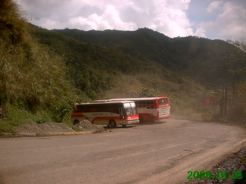 VLI buses at dalton pass | by Bentong 2
