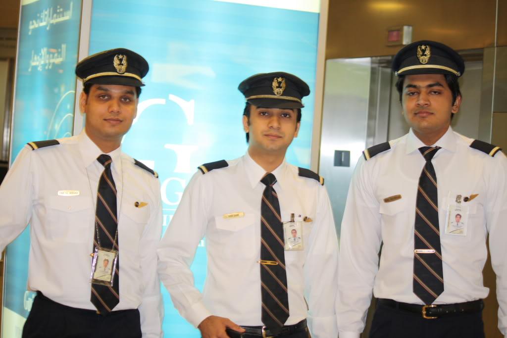Pakistan international cabin crew cabin crew for pk240 for Korean air cabin crew requirements