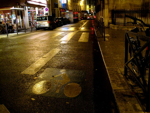 Infrastructure Paris Bike Lane | by Mikael Colville-Andersen