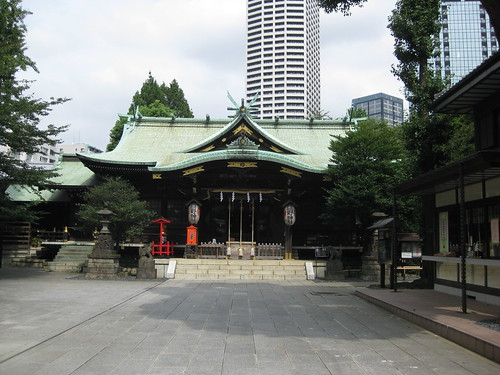 Haiden (front shrine) of Kumano Jinja, Shinjuku