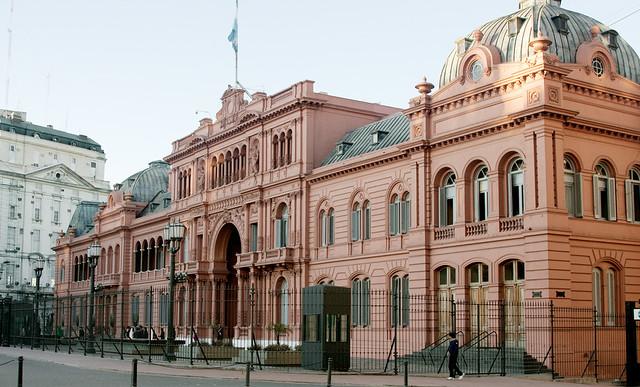 Buenos aires casa rosada alessandro flickr for Casa jardin hostel buenos aires