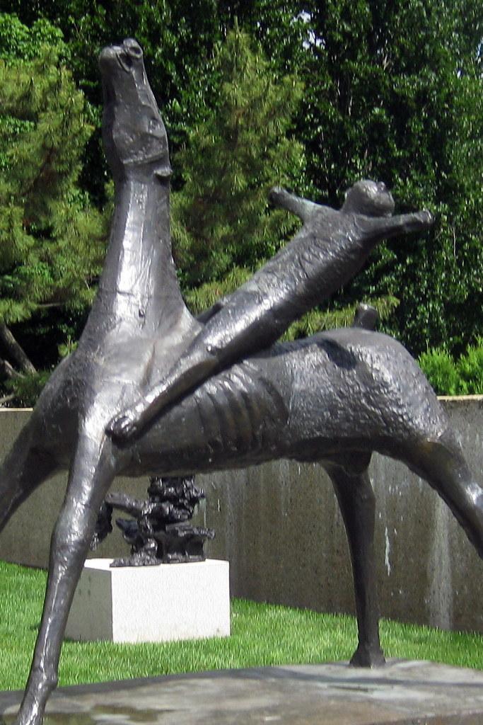 Washington Dc Hirshorn Museum And Sculpture Garden Hor