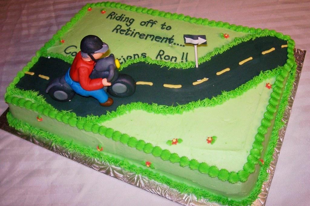 Cake Art Motorcycle Cake Pan : Motorcycle Retirement Cake Karen s Custom Cakes & Bakes ...