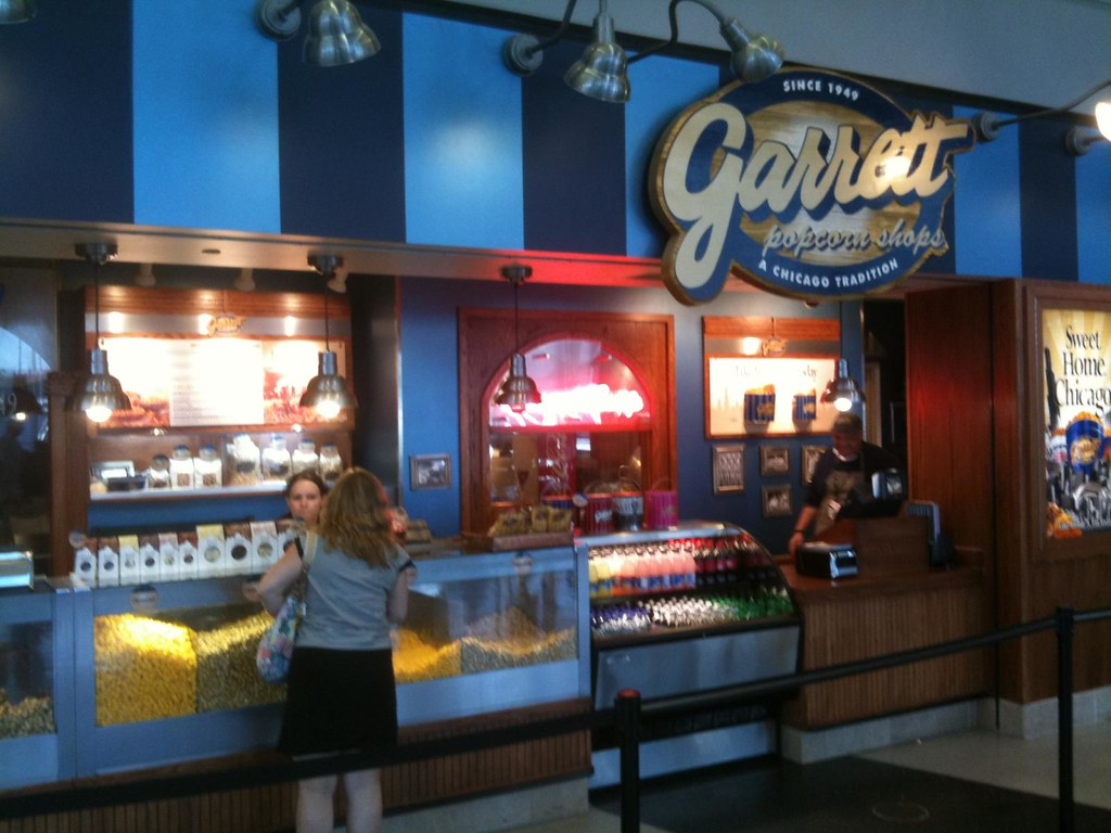Garrett's popcorn in the Chicago airport | Wesley Fryer ...