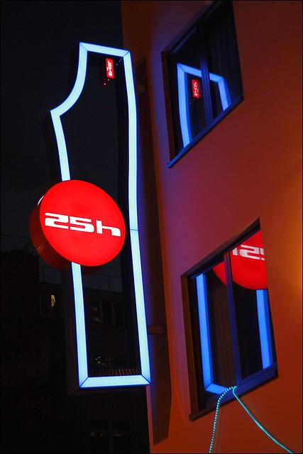 25h levis luminous advertising of the 25hours design hotel flickr. Black Bedroom Furniture Sets. Home Design Ideas