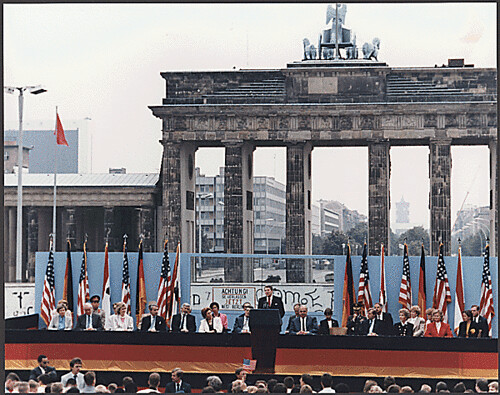 President Reagan Giving a Speech at the Berlin Wall, Brandenburg Gate, Federal Republic of Germany, 06/12/1987 | by The U.S. National Archives