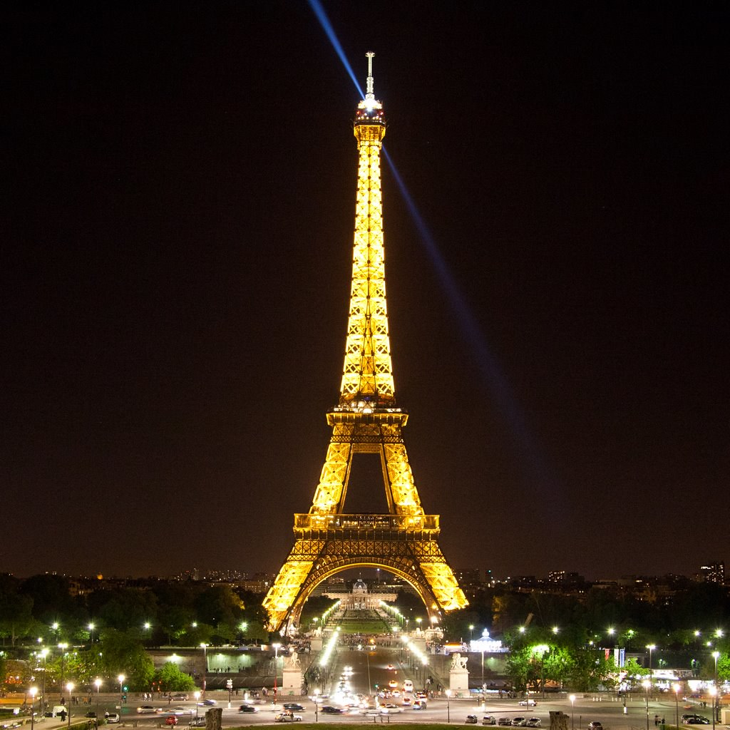 Gold Eiffel Tower | La Tour Eiffel de nuit | Steve