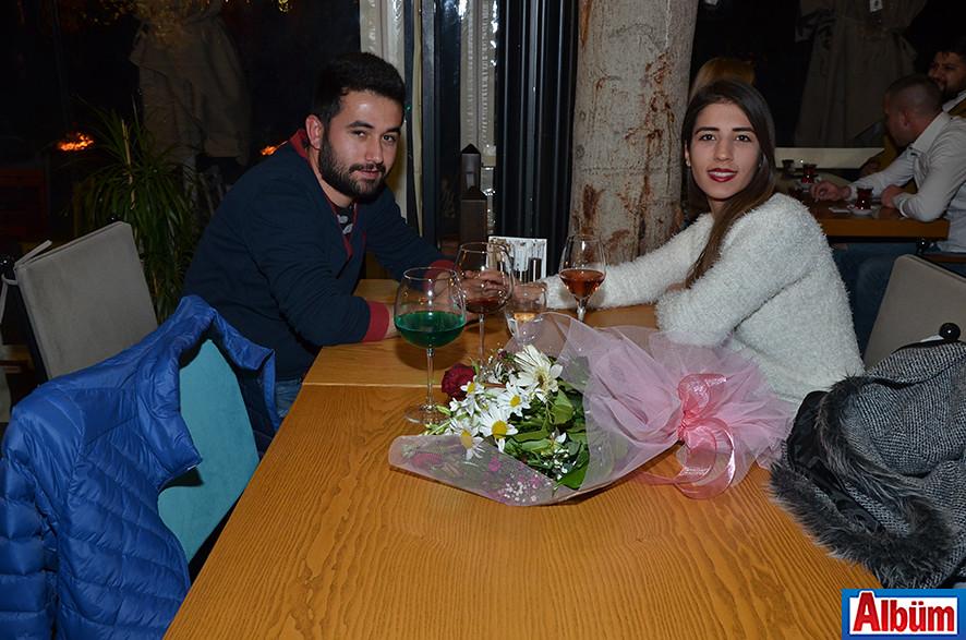 Leman Kültür'de kutladılar4 ( Sevgililer Günü)