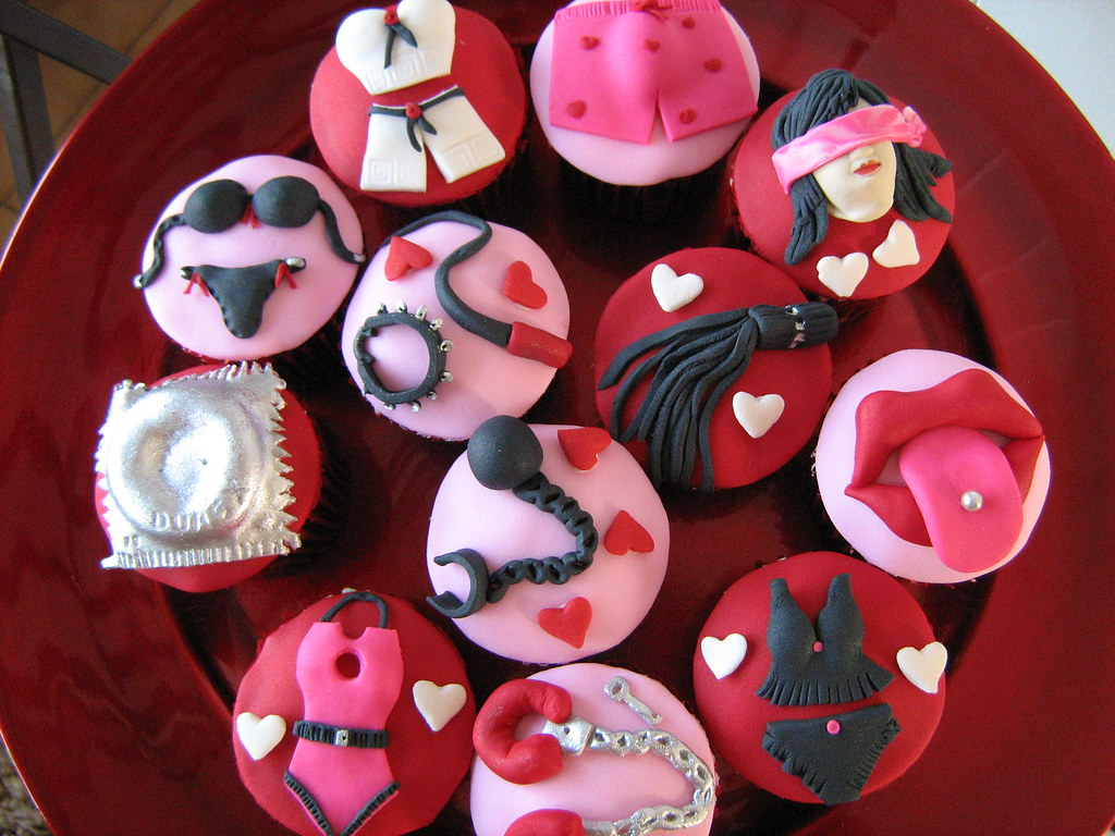bridal shower cupcakes by cherries and chives zaheera badat
