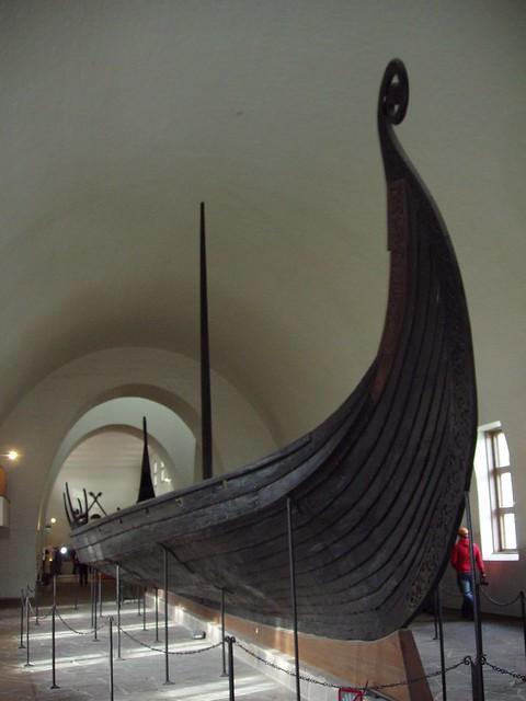Barco vikingo en el Museo Vikingo de Oslo (Noruega)