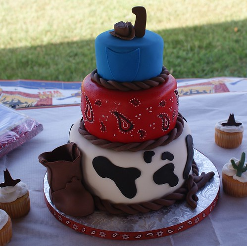 Images Of Western Birthday Cakes With An R On