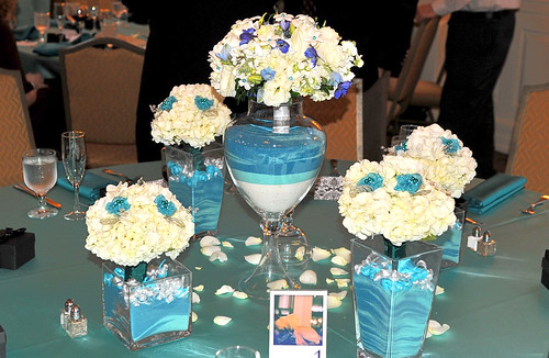 wedding reception flowers and decorations