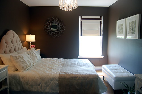 Real homes chic brown bedroom benjamin moore 39 clinton b Dark brown walls bedroom