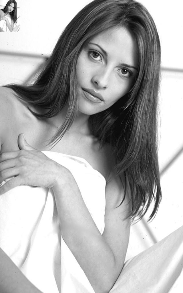 Elizabeth Cervantes Nude Photos 93