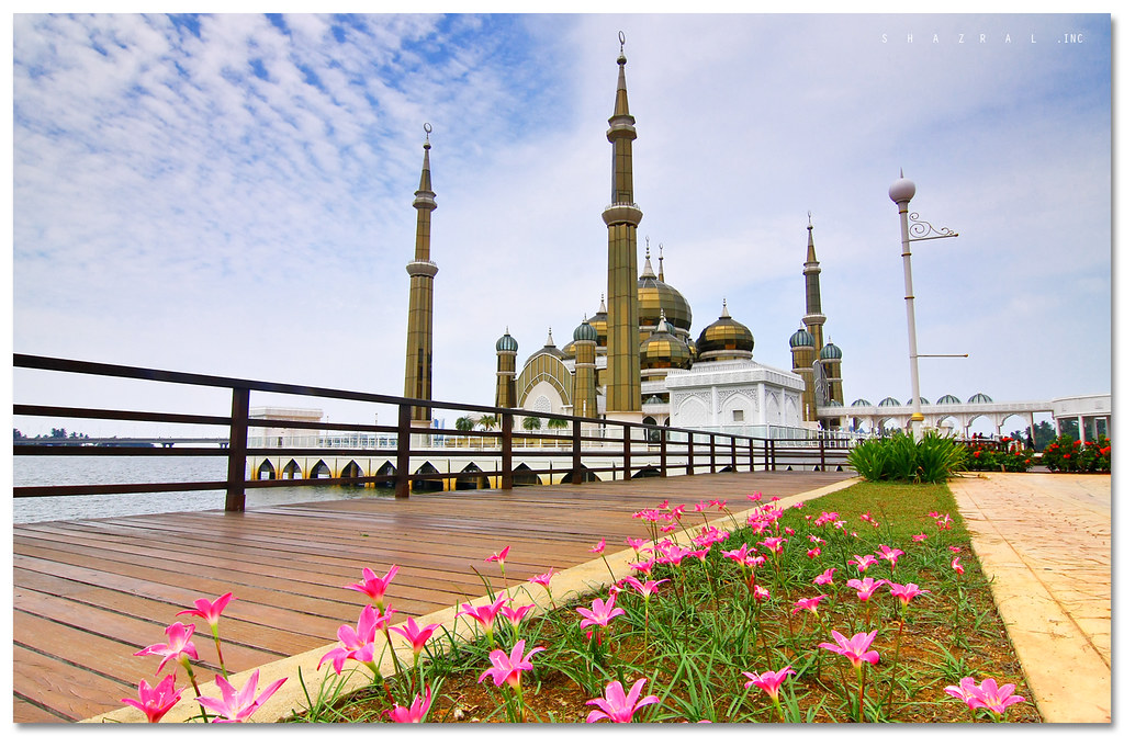 Homestay Masjid Kristal Masjid Kristal | by